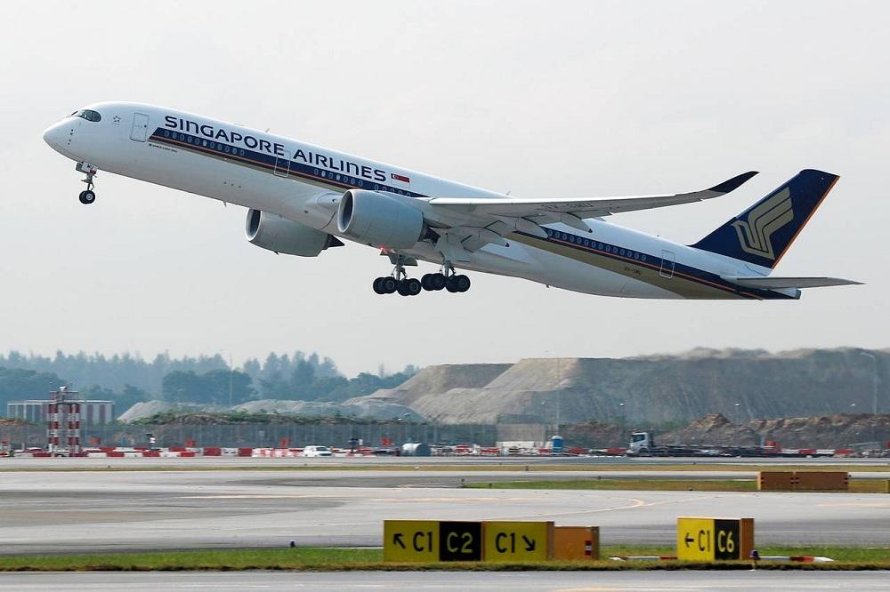 """الخطوط الجوية السنغافورية """"سكوت"""" تزيل رسوم معالجة الدفع على مستوى العالم"""