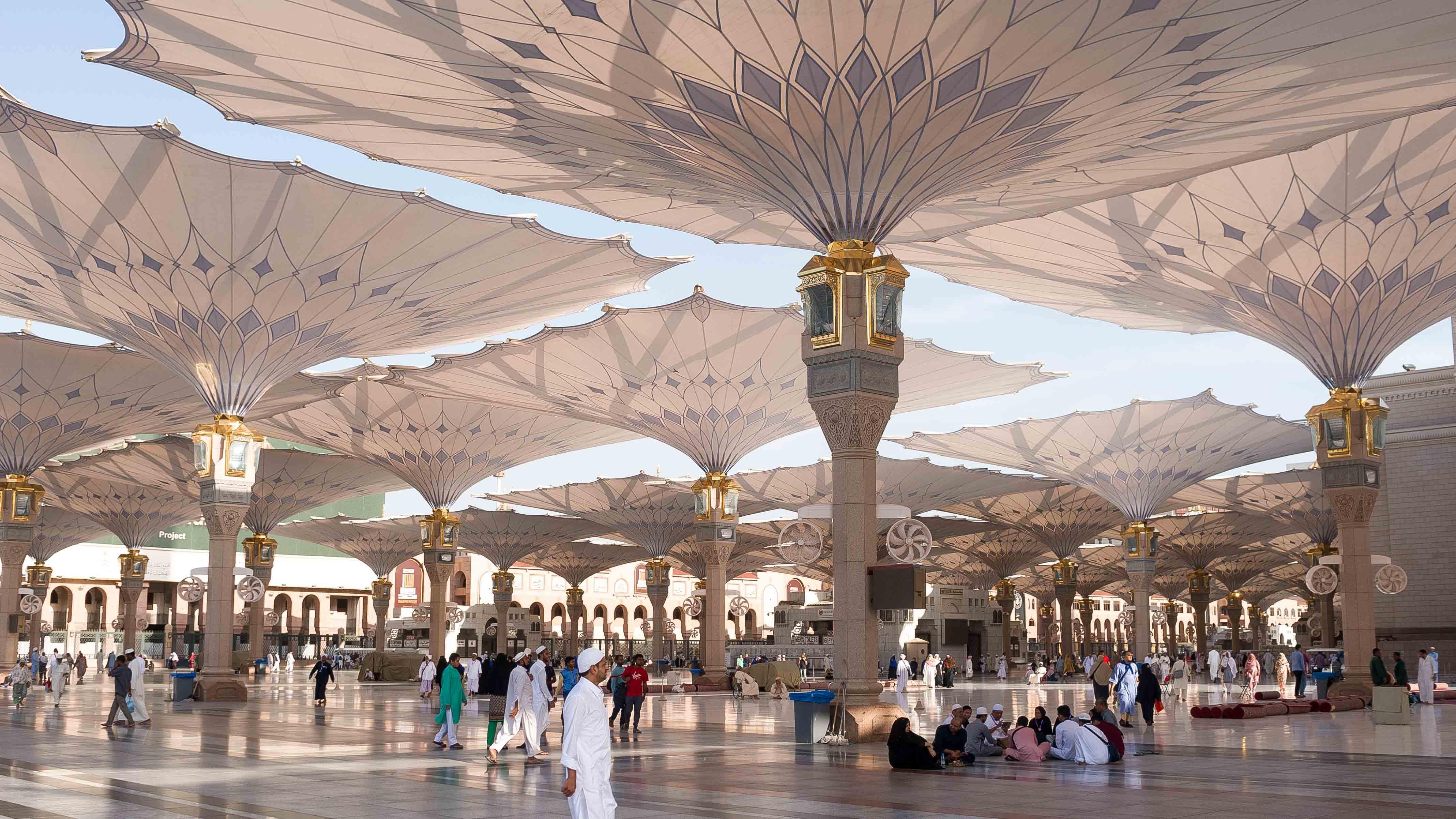 المملكة العربية السعودية مفتوحة للسياح