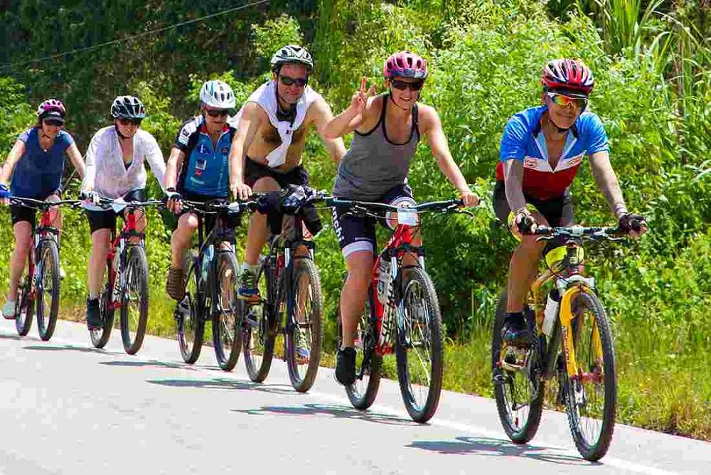 ركوب الدراجات كخيار سفر جديد أعلنت VBT Bicycling Vacations