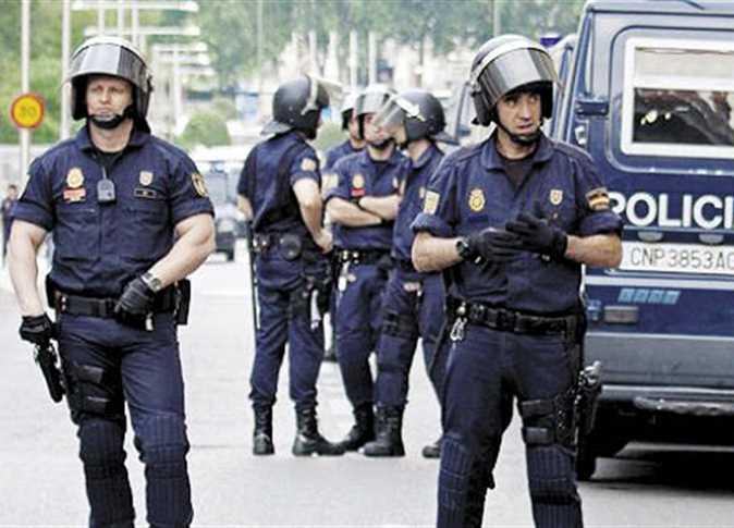 بعد ارتفاع معدلات الجريمة : شرطة برشلونة تستدعي لواء خاص إلى المواقع السياحية