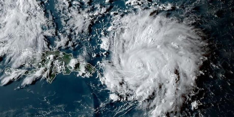فلوريدا تعلن حالة الطوارئ مع استمرار إعصار دوريان