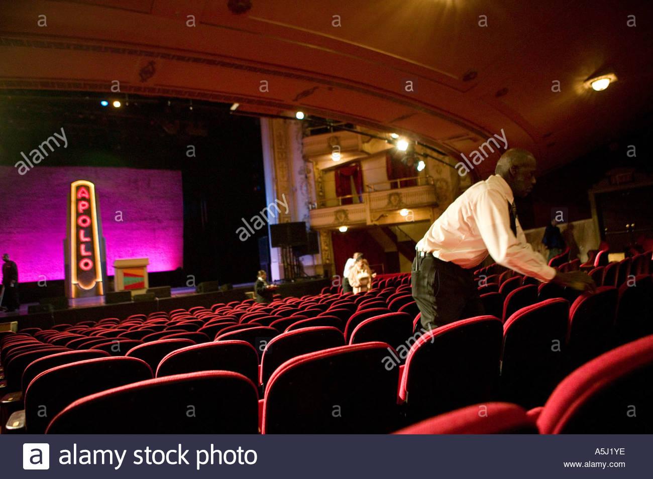 إلهام السياحة (TCiX) على مسرح أبولو في هارلم