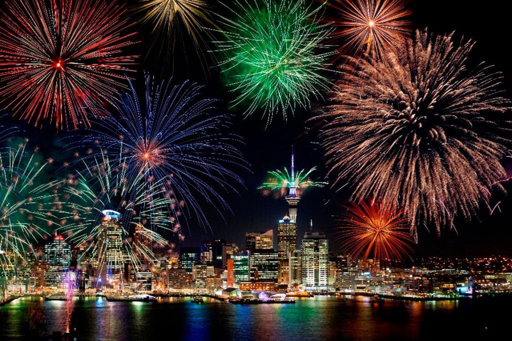 احتفالات ديوالي في نيوزيلندا تضيء معالم أوكلاند الشهيرة
