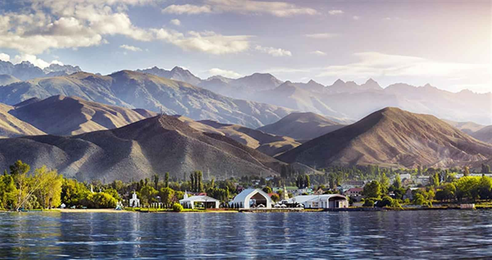 الخطوط الجوية الصينية الجنوبية تقدم الطرق الدولية في قيرغيزستان