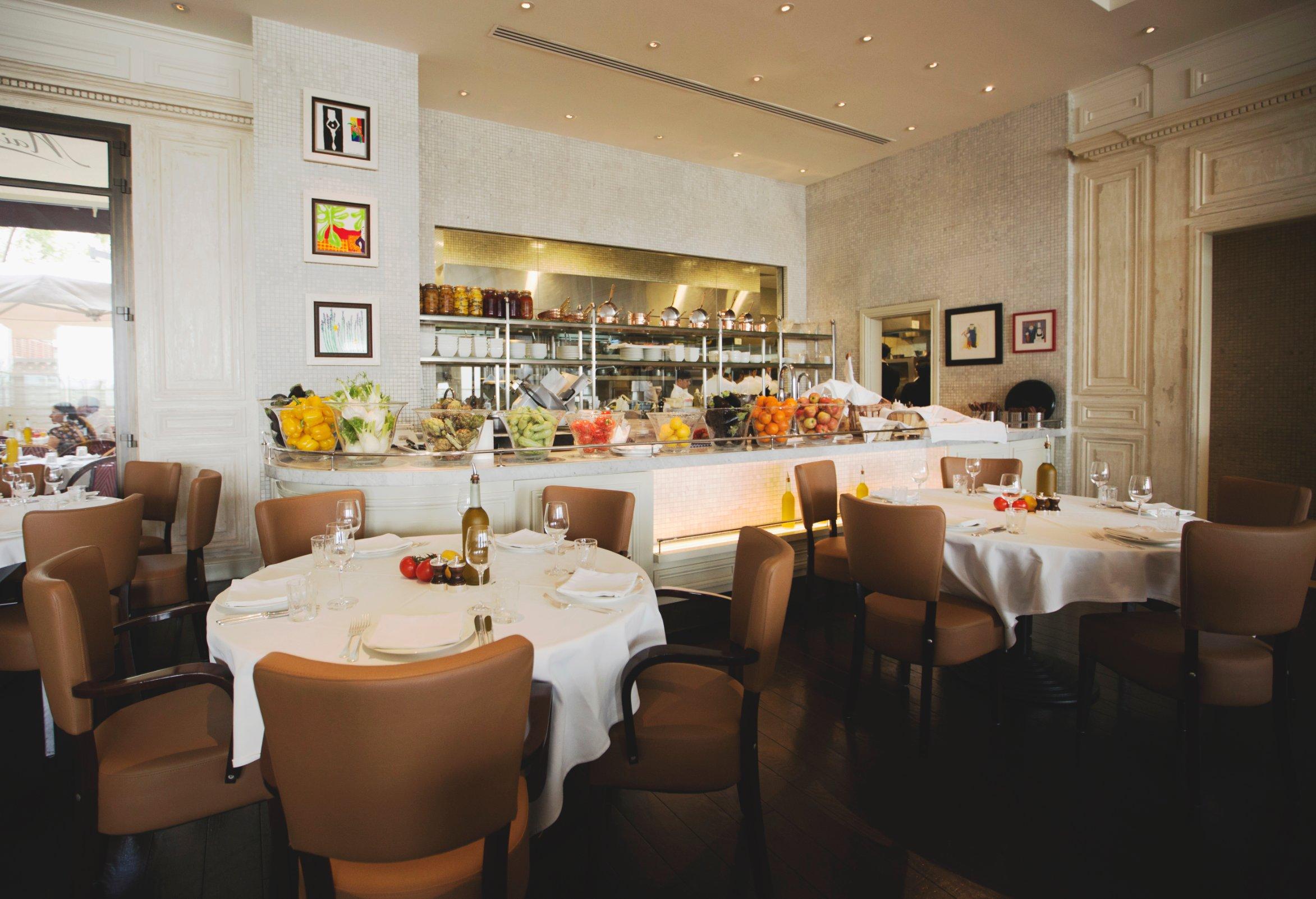 المطاعم التي ينصح في دبي لا بيتيت ميزون