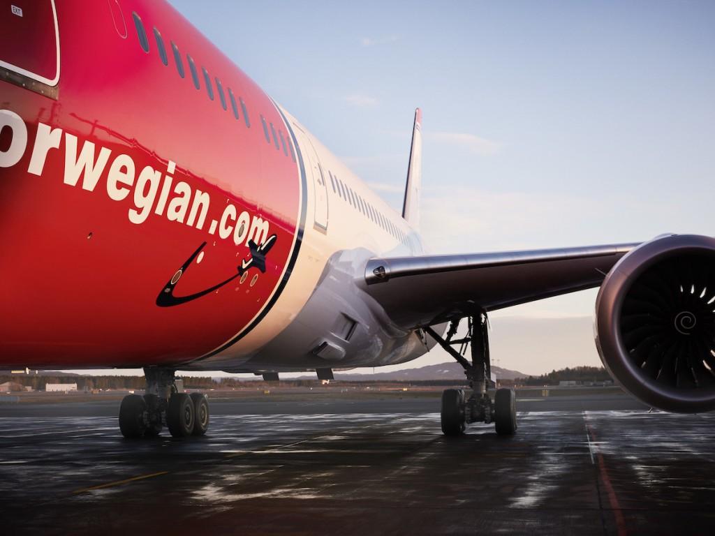 النرويجية للطيران و جيت بلو يوقعان خطاب نية الشراكة
