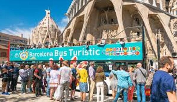 تراجع السياحة الداخلية في برشلونة