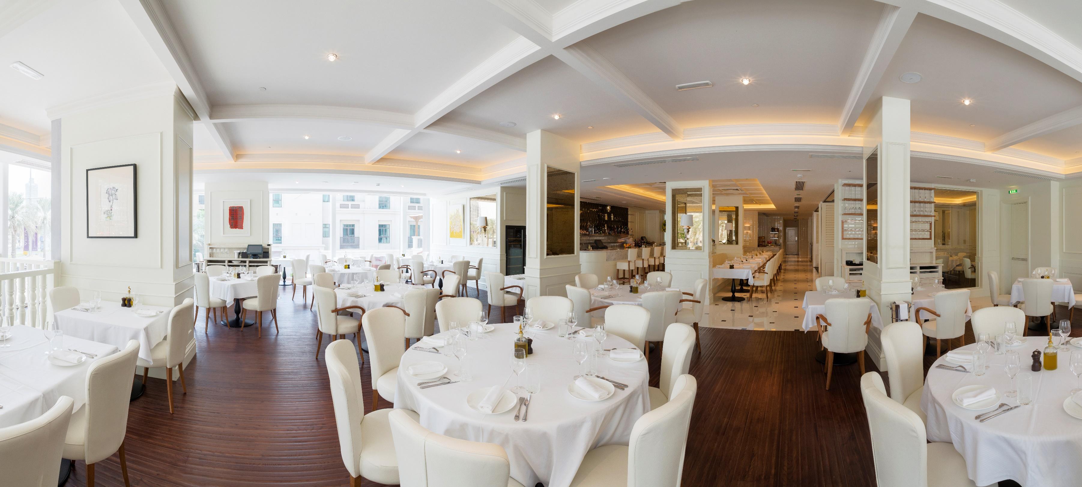 مطعم La Serre Bistro & Boulangerie