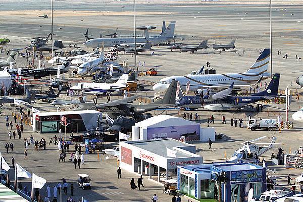 أحدث الطائرات في معرض دبي للطيران