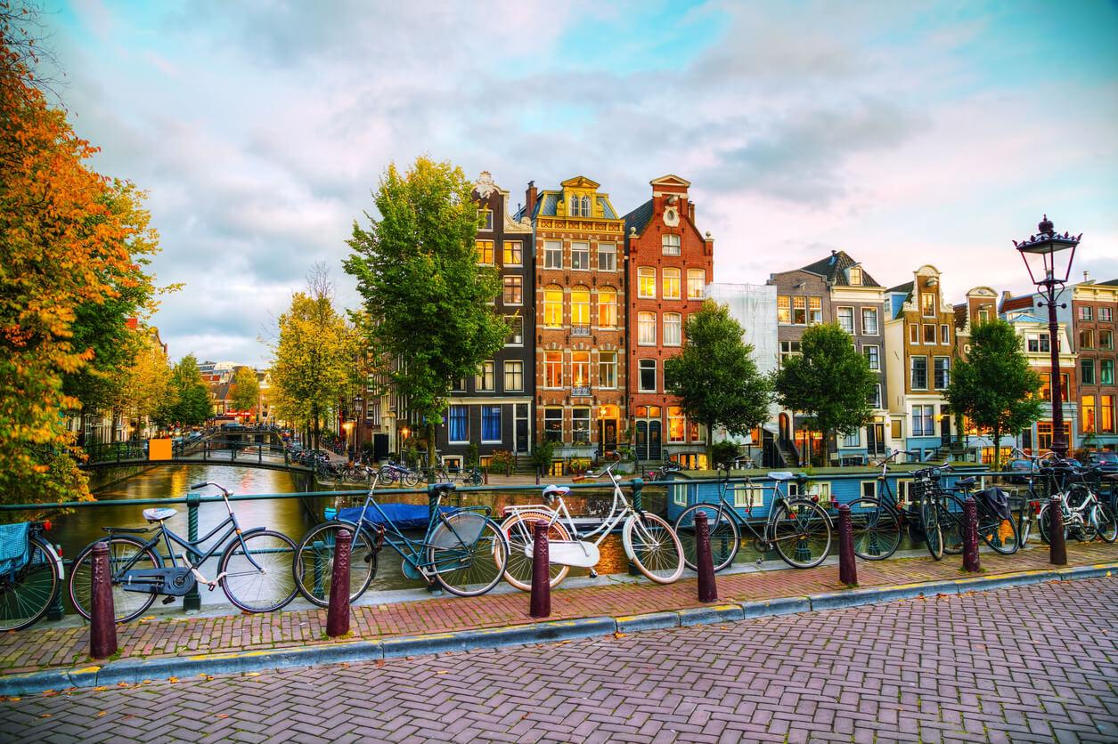 الكشف عن أمستردام باعتبارها المدينة الصديقة للسياح في العالم