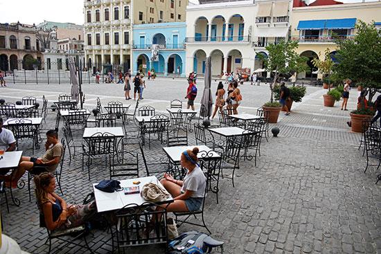 هافانا: حياة جديدة .. سياح جدد