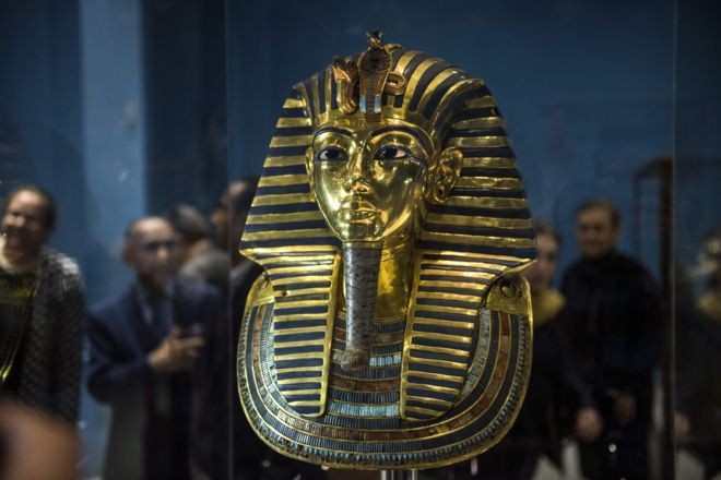 37.50 يورو ... ثمن تذكرة مشاهدة مقتنيات الملك المصري النادرة المعروضة في معرض لندن