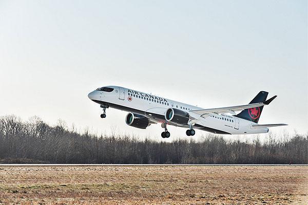 شركة طيران كندا تتسلم أول طائرة A220