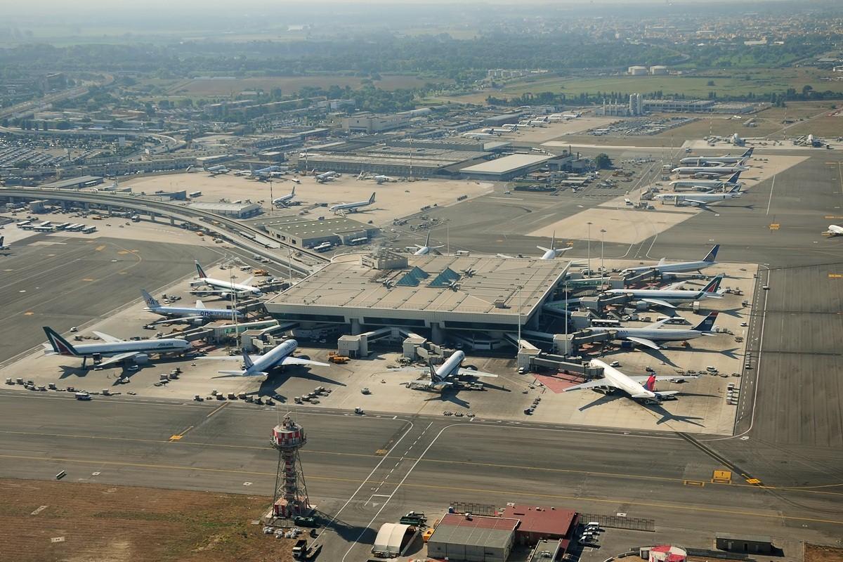 شركة مطارات فينشي تسلم ترقية مطار سلفادور باهيا