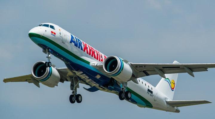 إير كيريباتي تستقبل أول طائرة من طراز E190-E2