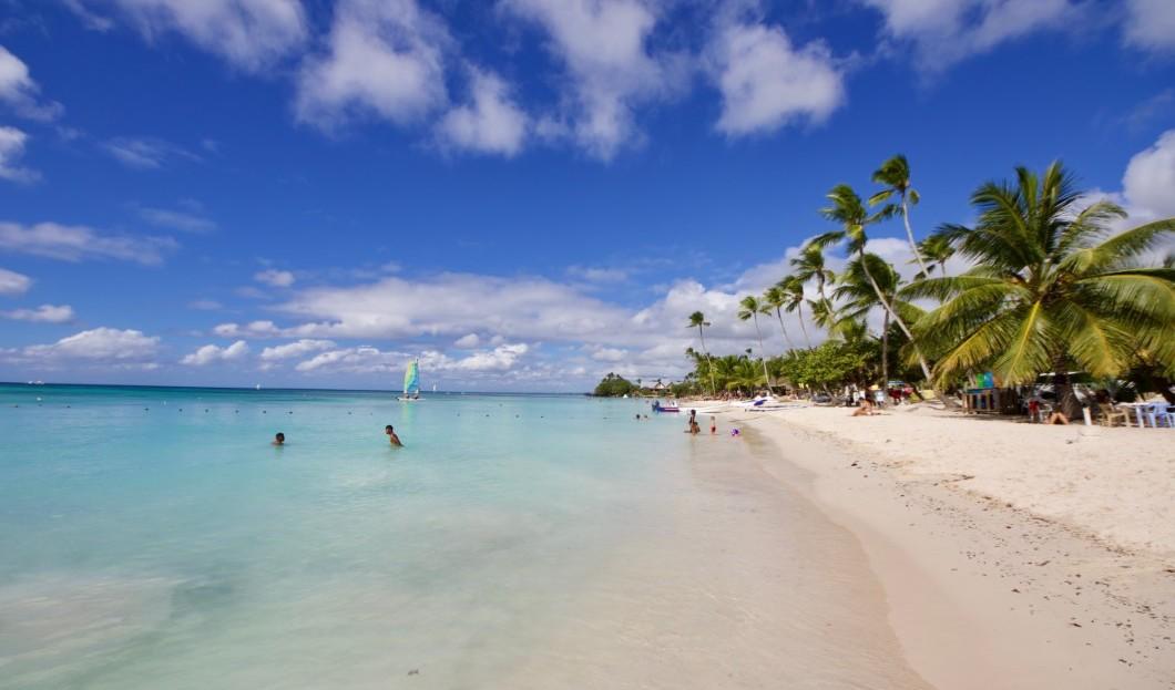 انخفاض الوافدين الأجانب إلى جمهورية الدومينيكان بنحو 4.6 ٪