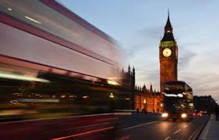 بريطانيا تتوقع إيرادات تتجاوز 26 مليار جنيه استرليني من السياح الدوليين عام 2020