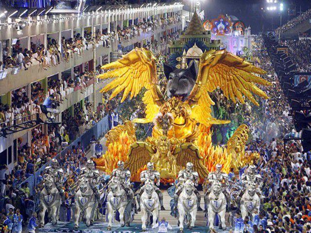 توقع زيارة 1.9 مليون سائح خلال كرنفال ريو
