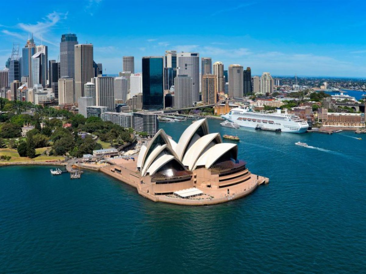 جهود أسترالية لمساعدة صناعة السياحة بعد الحرائق