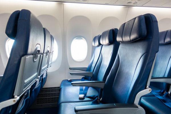 دراسة : البريطانيون يتخلون عن الطعام والشراب والمجلات المجانية مقابل الرحلات الجوية الرخيصة