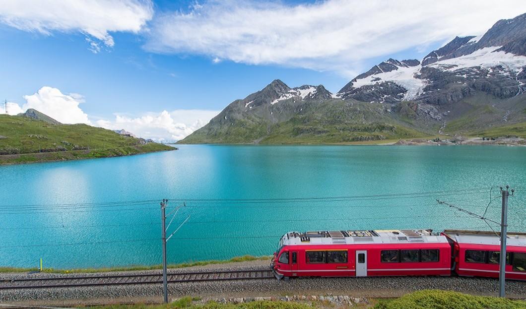 سكة حديد سويسرا الجبلية تحظى بشعبية كبيرة