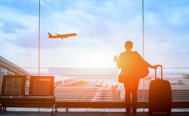 كيف تسافر عندما تكون خائفًا تمامًا من الطيران
