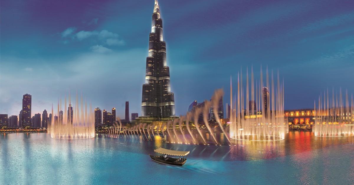 رحلة القارب في نافورة دبي الراقصة