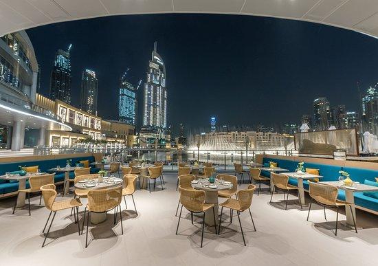 مطاعم دبي مول