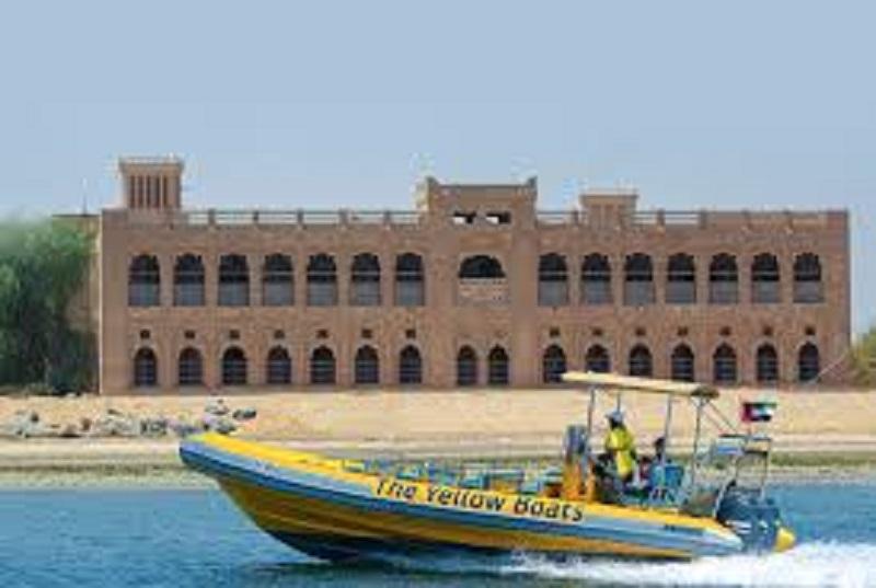 جولة قارب لمدة 75 دقيقة في جزيرة ياس