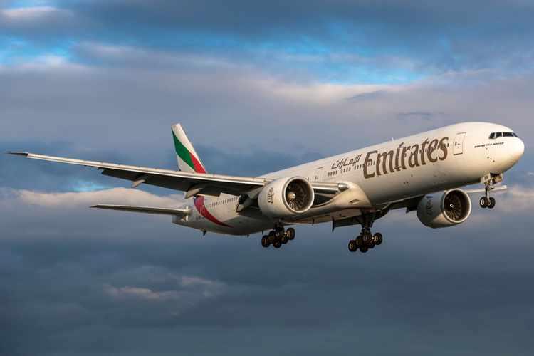 دبي تعد بدعم الدولة وتمويل جديد لشركة طيران الإمارات