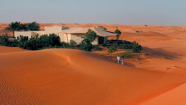 صحراء دبي والاستمتاع بالسفاري في باب الشمس