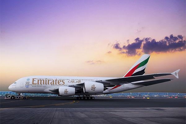 طيران الإمارات تخطط لرحلات مستأجرة إلى موسكو وسان بطرسبرج