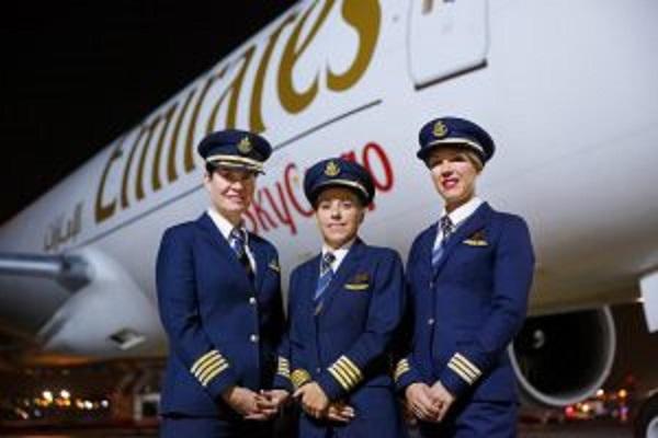 طيران الإمارات تطلب من الركاب الانتظار لمدة عام لاسترداد الأموال