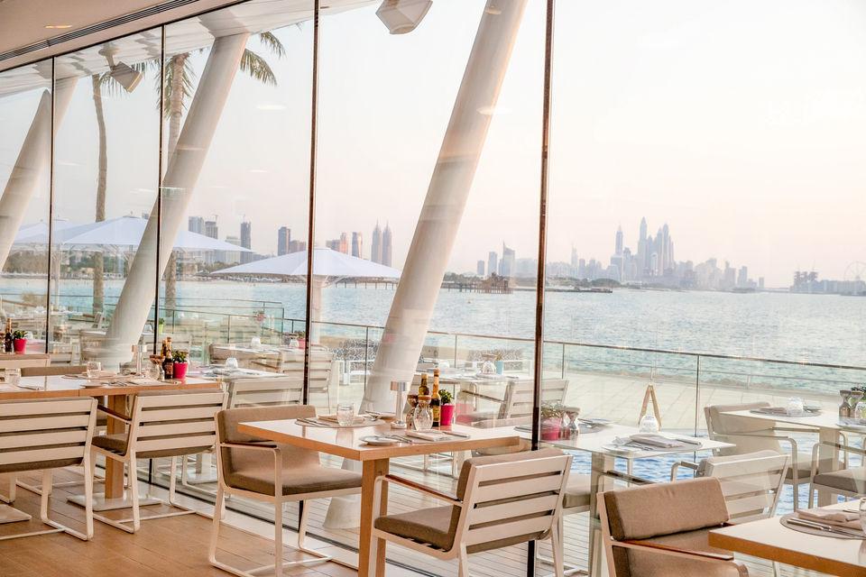 مطعم باب اليم في برج العرب إطلالة لا تنسى