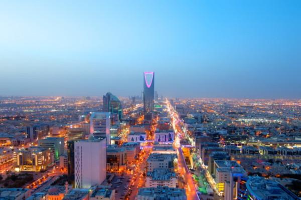 السفر والسياحة يسهم بـ 11٪ من الاقتصاد الإماراتي