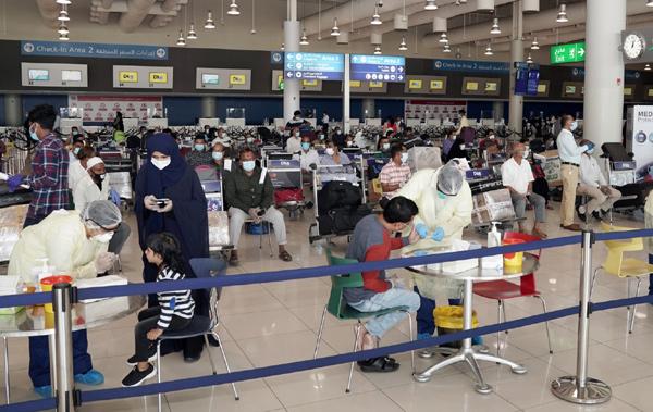 مطارات دبي تعلن عن إطلاق سلس لرحلات عودة هنود إلى وطنهم