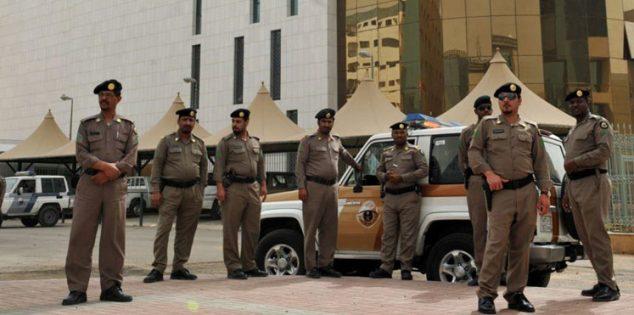 اعتقال سعودي لبيعه تصاريح نقل خلال حظر التجول